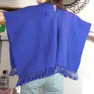 GIFTING SOON 🎁 Artesanias Chile Fair Trade Poncho